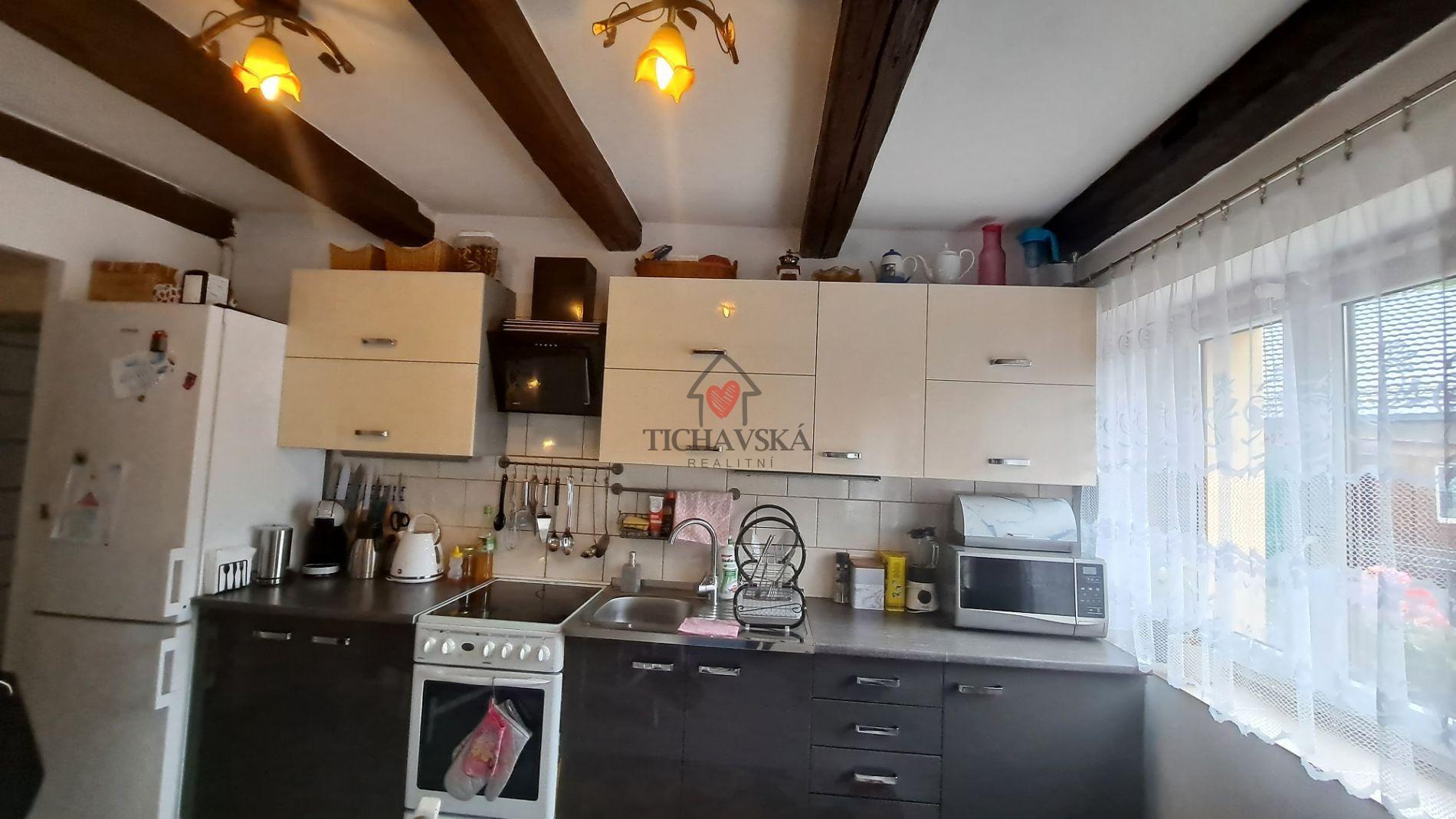 Prodej rodinného domu 200 m2, Kozlovice, zahrada 470 m2