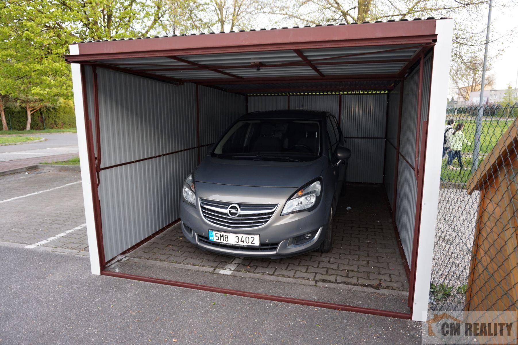 Prostějov, ul. Anenská  pronájem garáží u obchodní pasáže Anděl