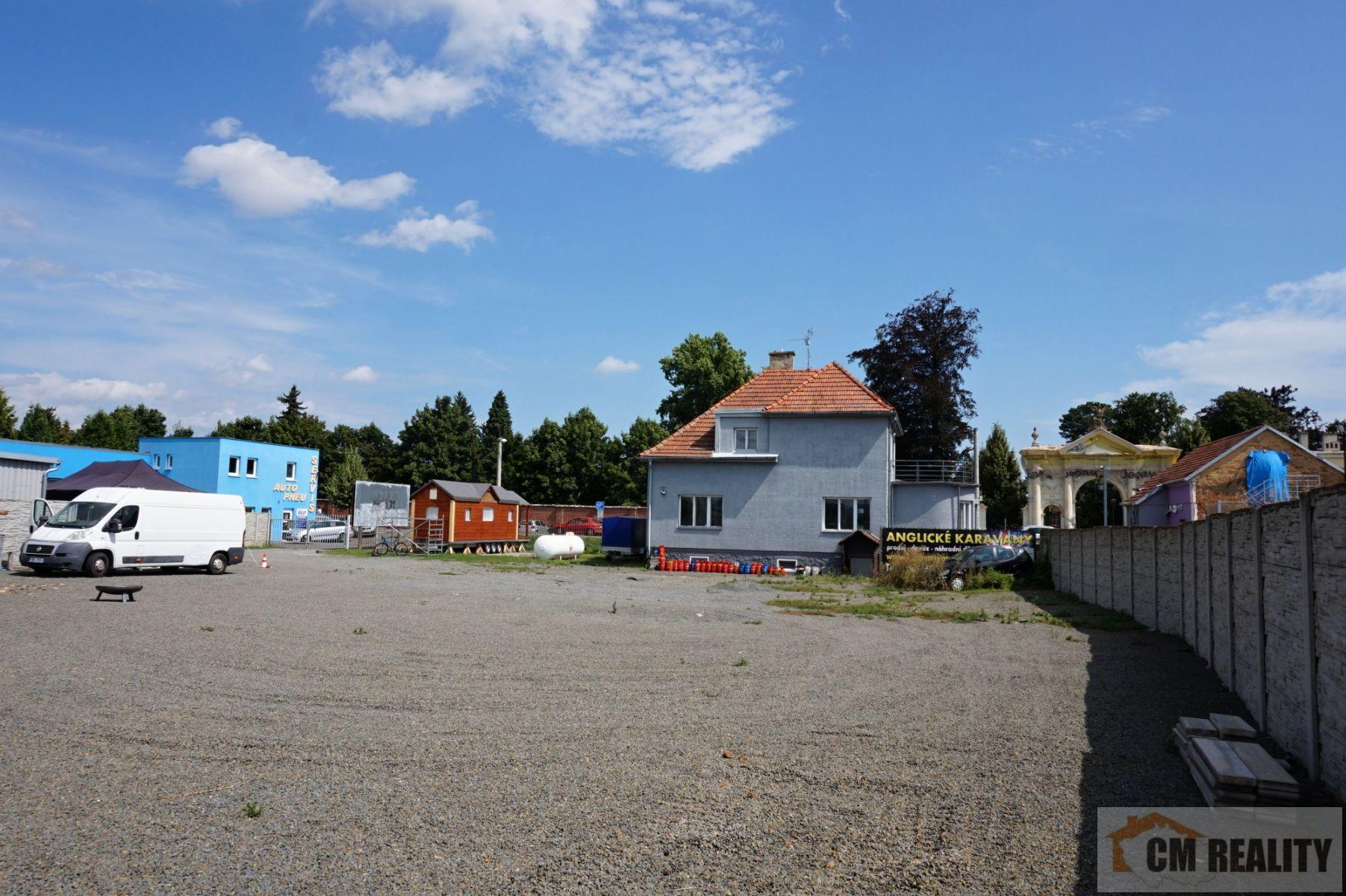 Prostějov, Brněnská  pronájem zpevněného komerčního pozemku 1500 m2