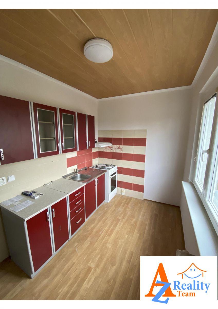 Nabízíme pronájem bytové jednotky 2+1 ul.Václavská, Chomutov.