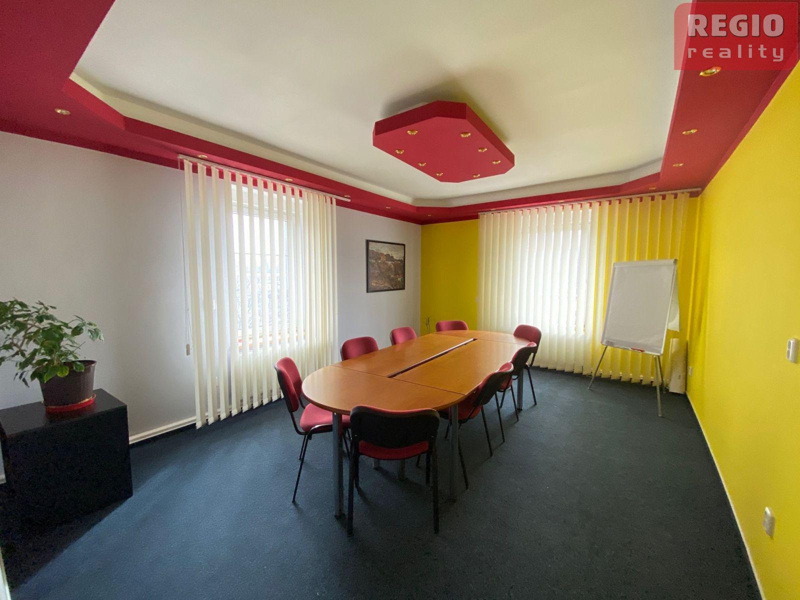Pronájem kancelářských prostor o výměře 110 m2, v Místku