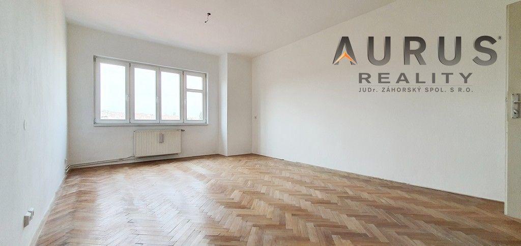 Prodej bytu 2+kk, 60 m2, ulice U Pernštejnských, Praha 4 - Nusle