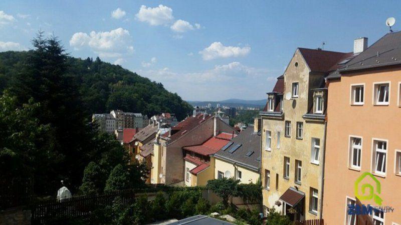 Prodej činžovního domu 237 m Karlovy Vary