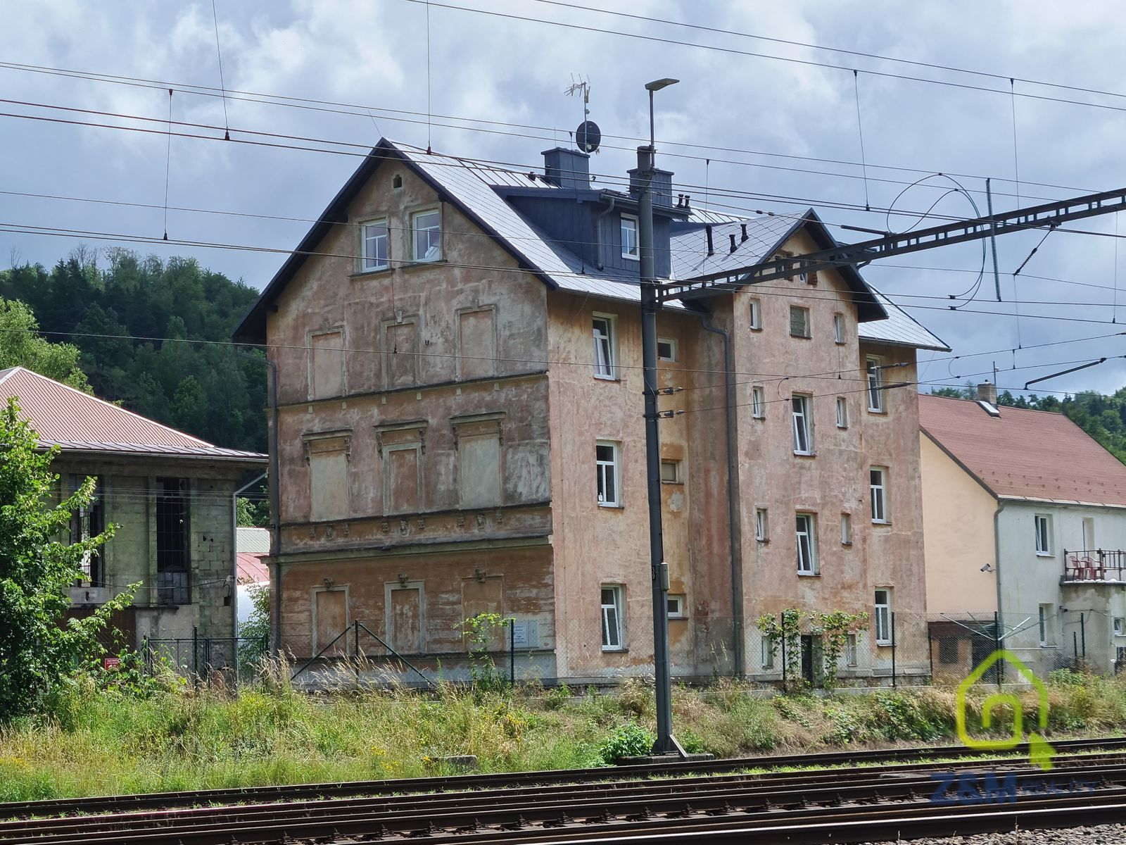 Činžovní dům -osm bytových jednotek ,Vojkovice