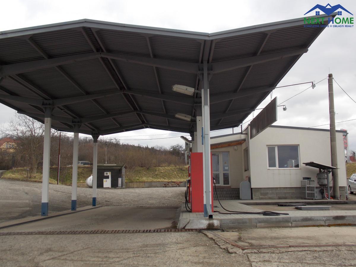 Prodej areál, benzínová stanice, plocha 2.331 m2, U nádraží, Štětí, okr. Litoměřice.