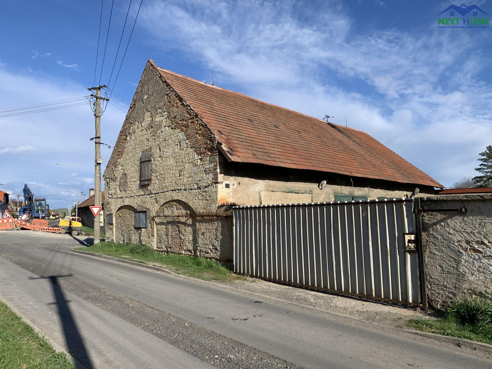 Prodej autodílna, dvůr, celková plocha pozemku 723 m2, Koštice, okr. Louny.