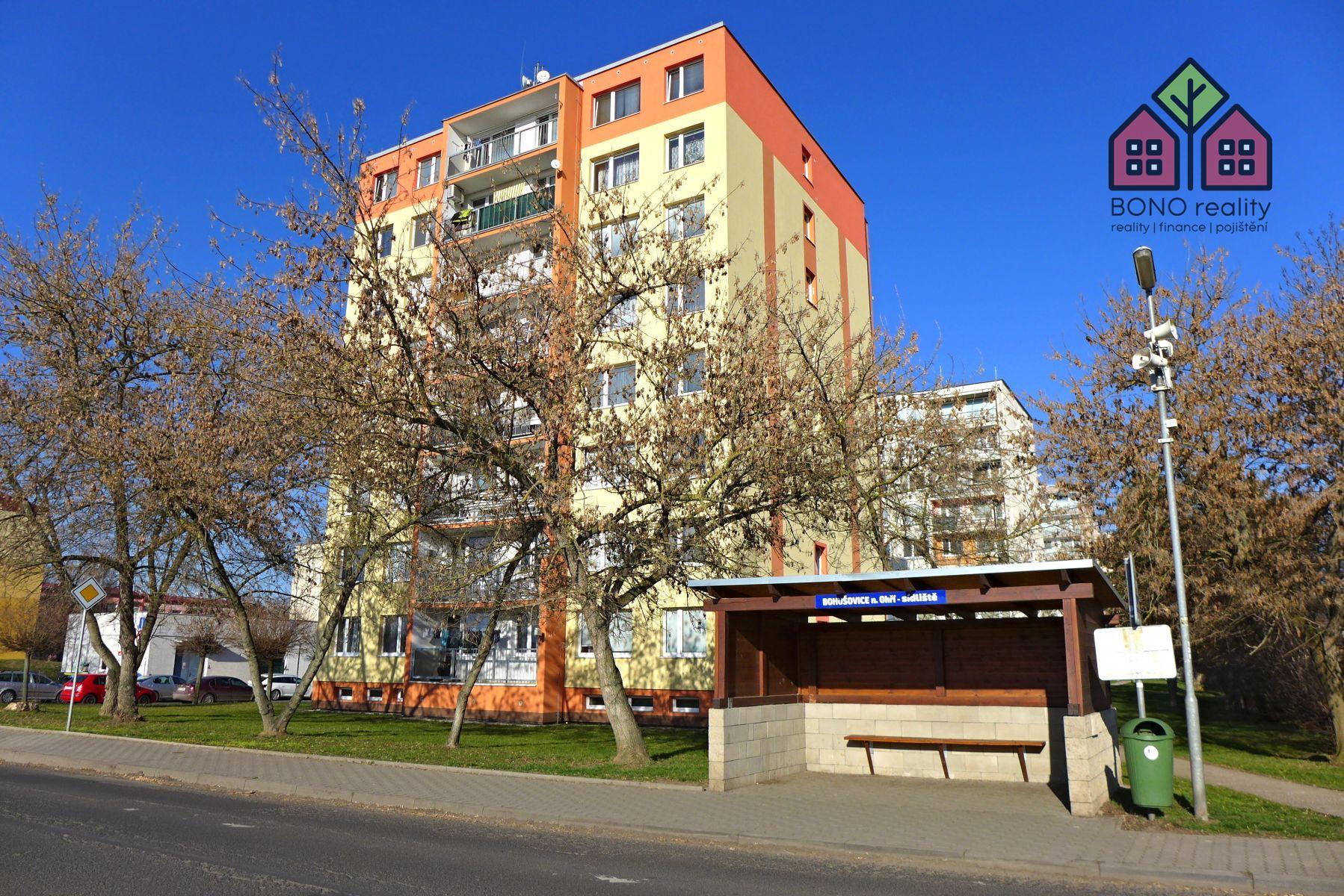3+1, lodžie, 64 m2, zeleň, Bohušovice nad Ohří, ulice Zahradní
