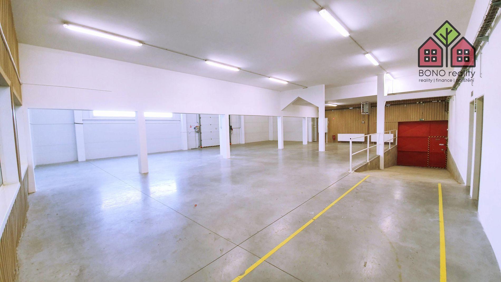 Dlouhodobý pronájem komerčních prostor, 1609 m2, Želetická, Litoměřice