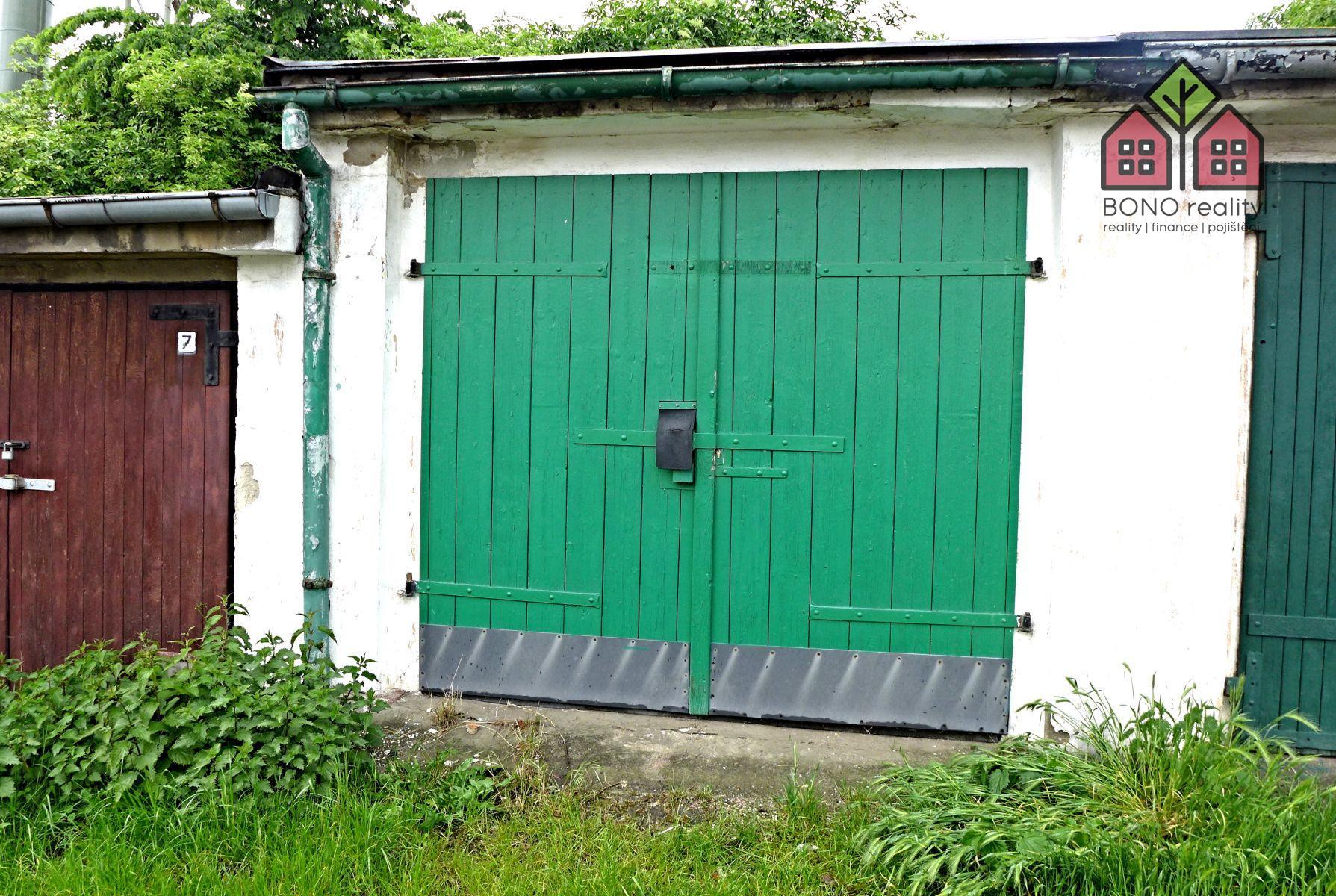 Pronájem garáže, OV, 19 m2, garážový komplex, Teplice, ulice Libušina