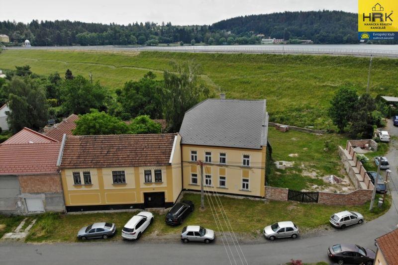 Prodej rodinného sídla (domu) u Plumlovské přehrady
