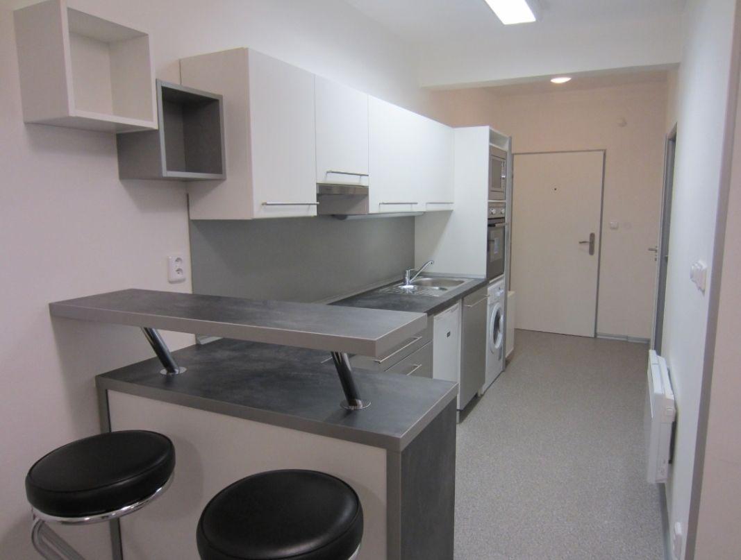 Pronájem bytu po rekonstrukci 2+kk, 48m2, ul. Václavkova, Praha 6 - Dejvice