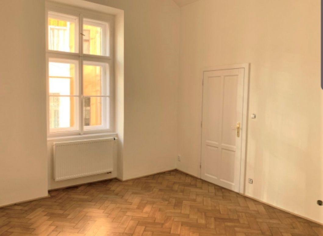 Pronájem bytu 1+1, 35m2, Řehořova, Praha 3  Žižkov