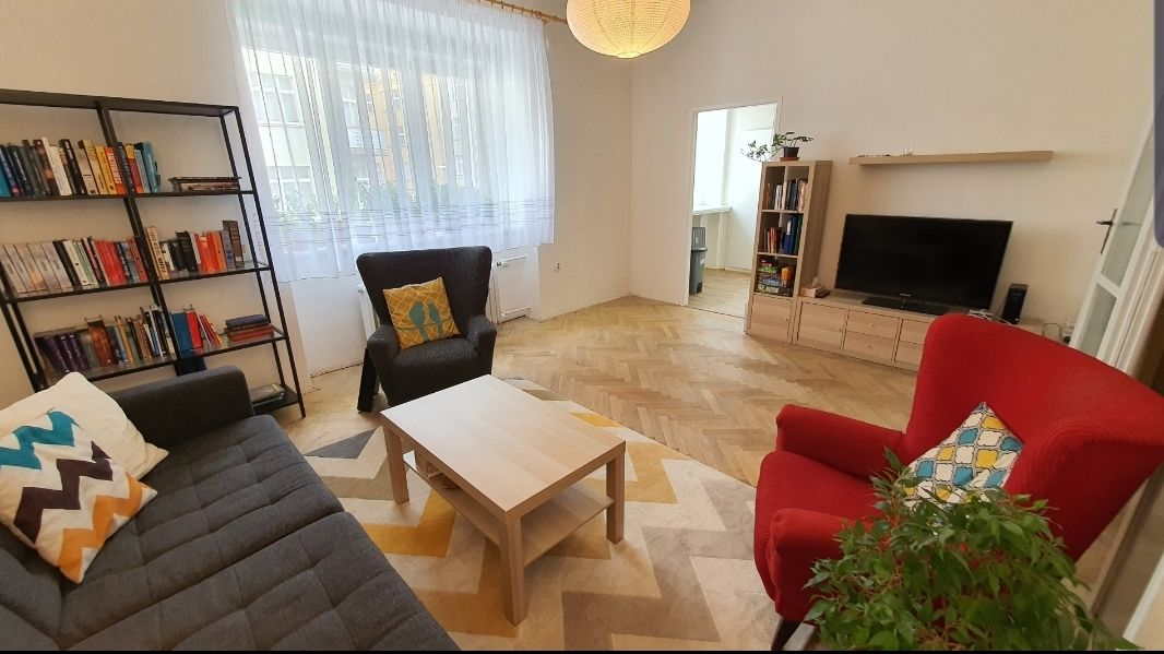 Pronájem bytu 3+1, 74m2, Velehradská, Praha 3  Vinohrady