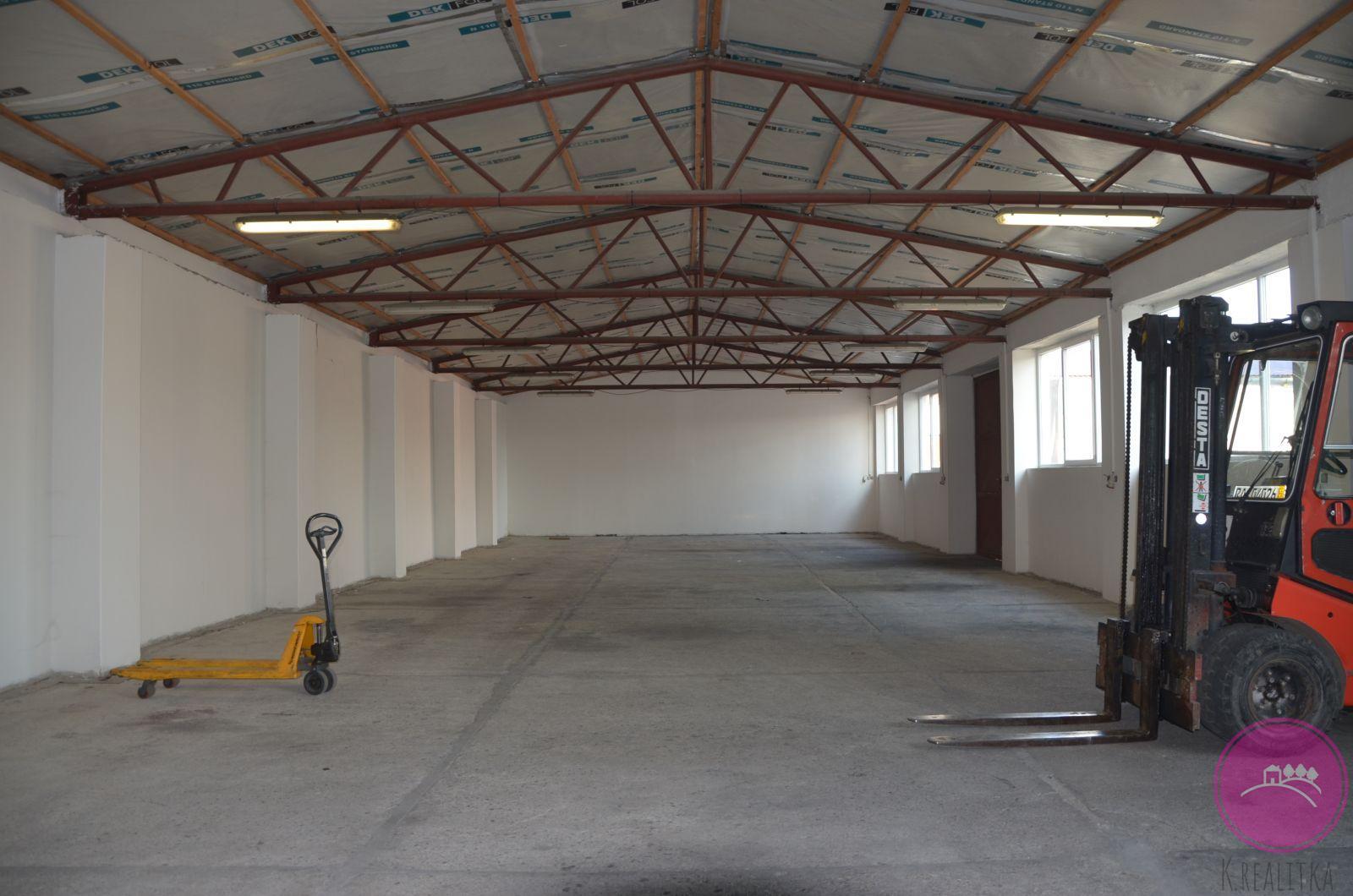 Pronájem skladového prostoru 300 m2 ve Štěpánově