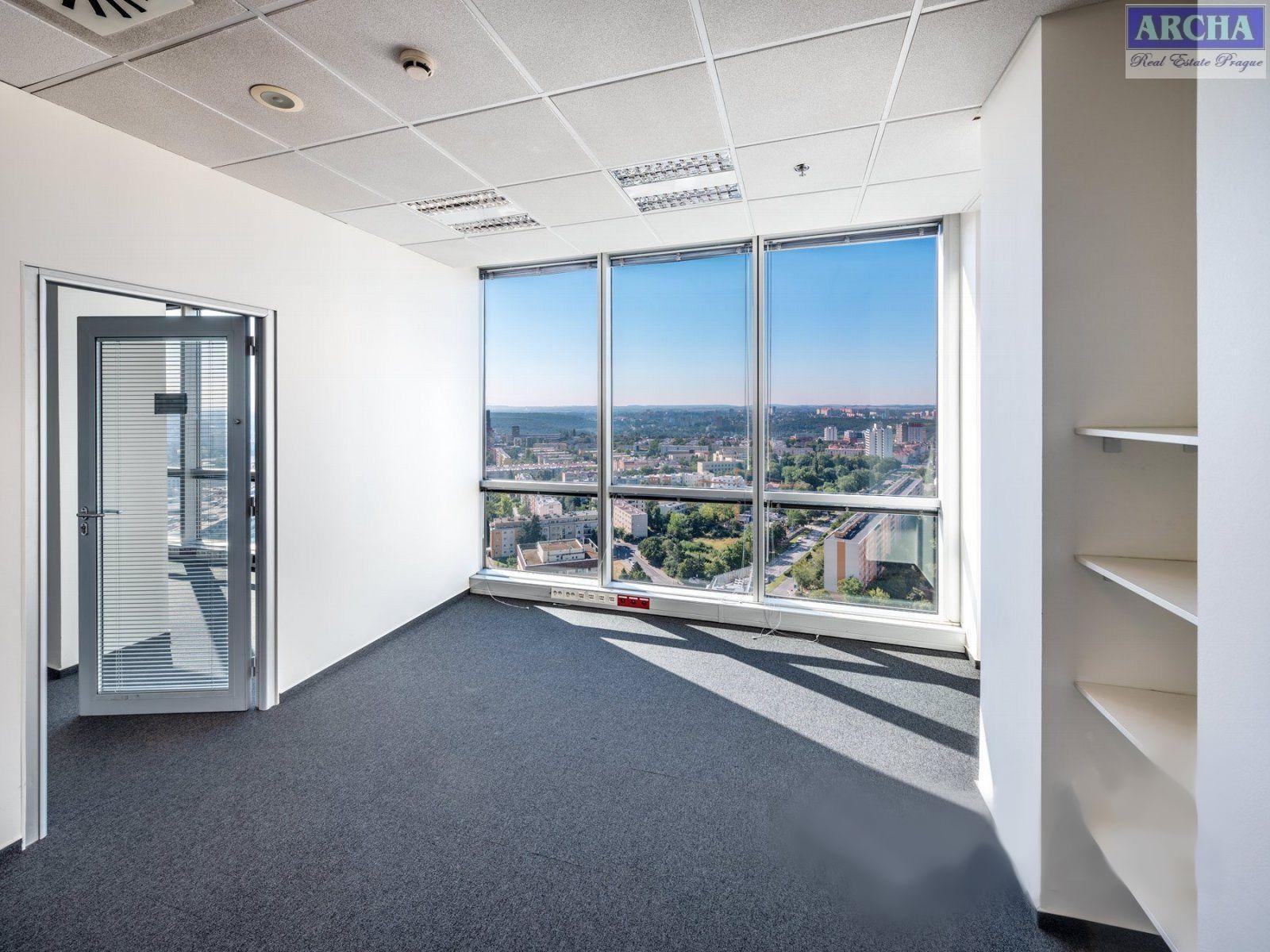 Nájem moderních kanceláří 85,6 m2, 13 patro, Praha 4 Pankrác