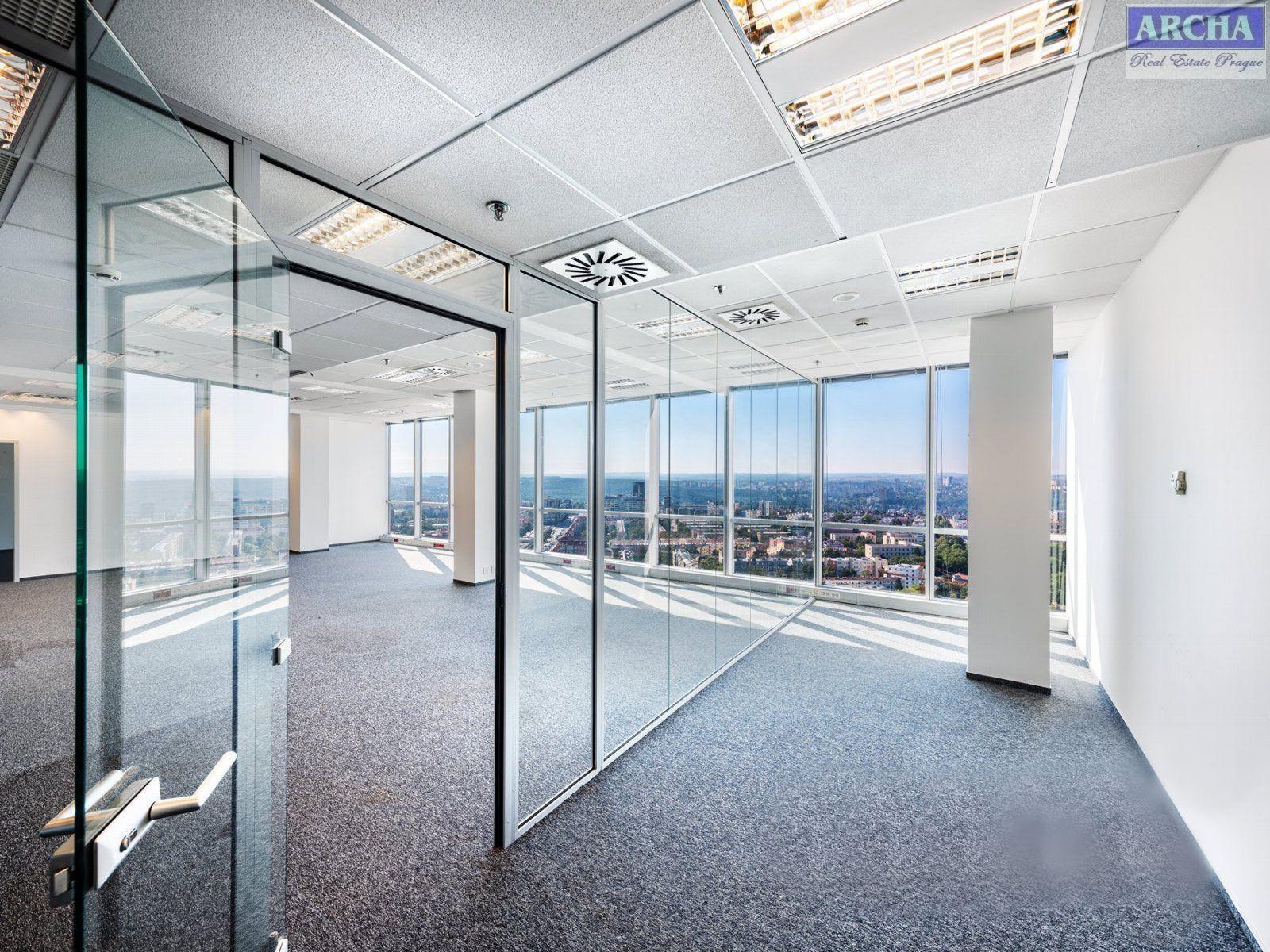 Nájem moderních kanceláří 412,7 m2, 13 patro, Praha 4 Pankrác