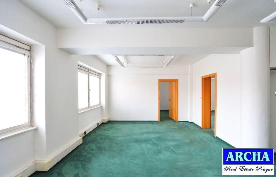 Nájem kanceláří od 14 m2, Litevská, Praha 10