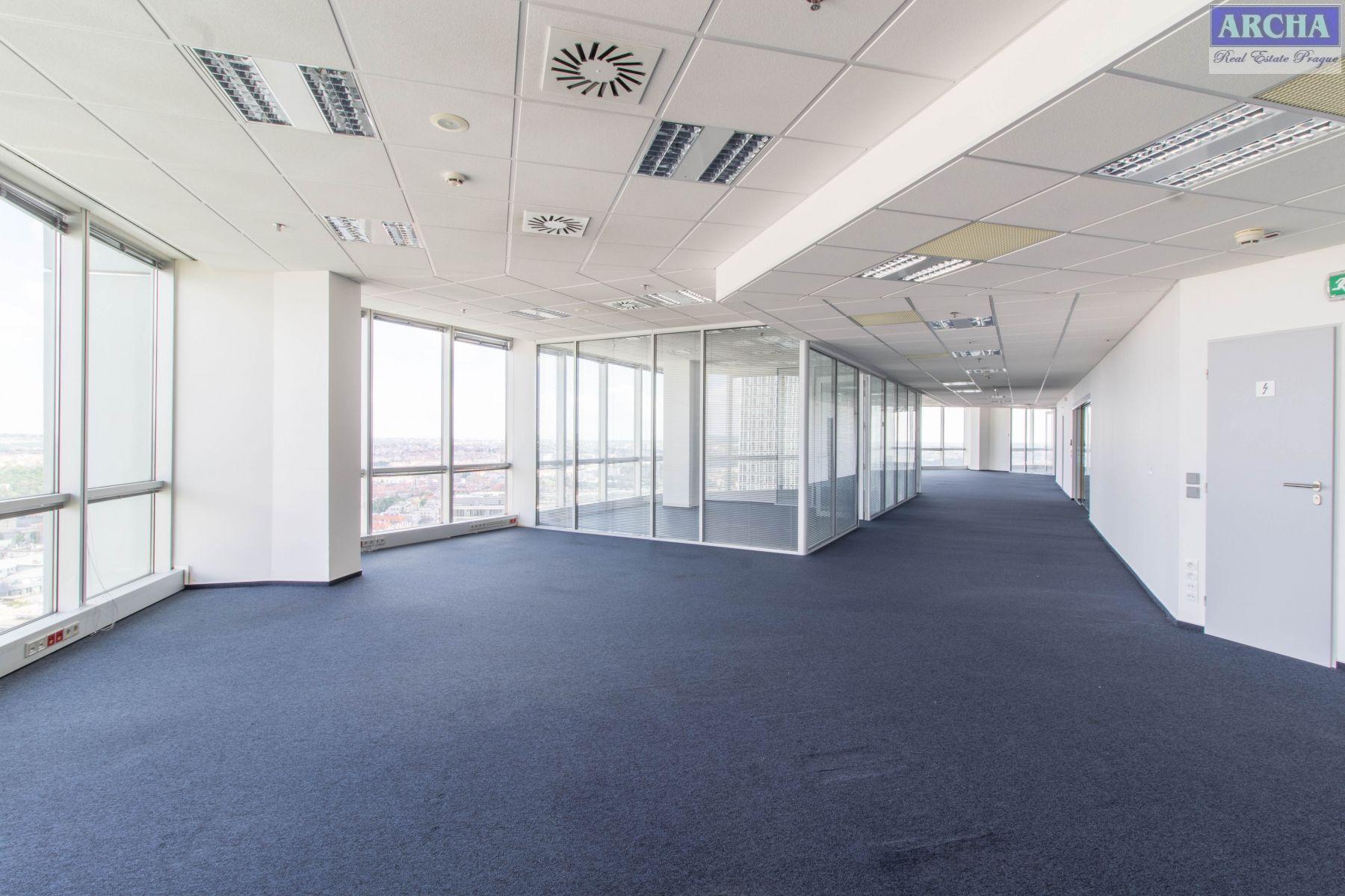 Nájem moderních kanceláří 918 m2, 21 patro, Praha 4 Pankrác