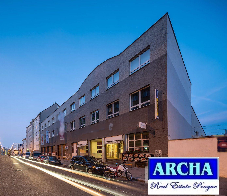 Nájem kanceláří 93 m2,  3.patro,  Praha 9  (u O2 Areny)