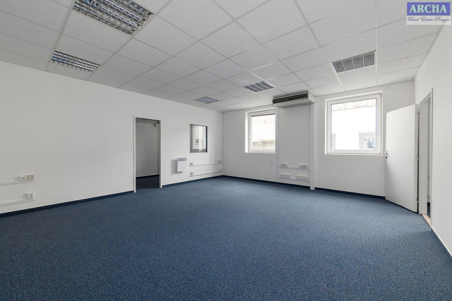 Nájem kanceláří 175 m2,  2.patro,  Praha 9  (u O2 Areny)