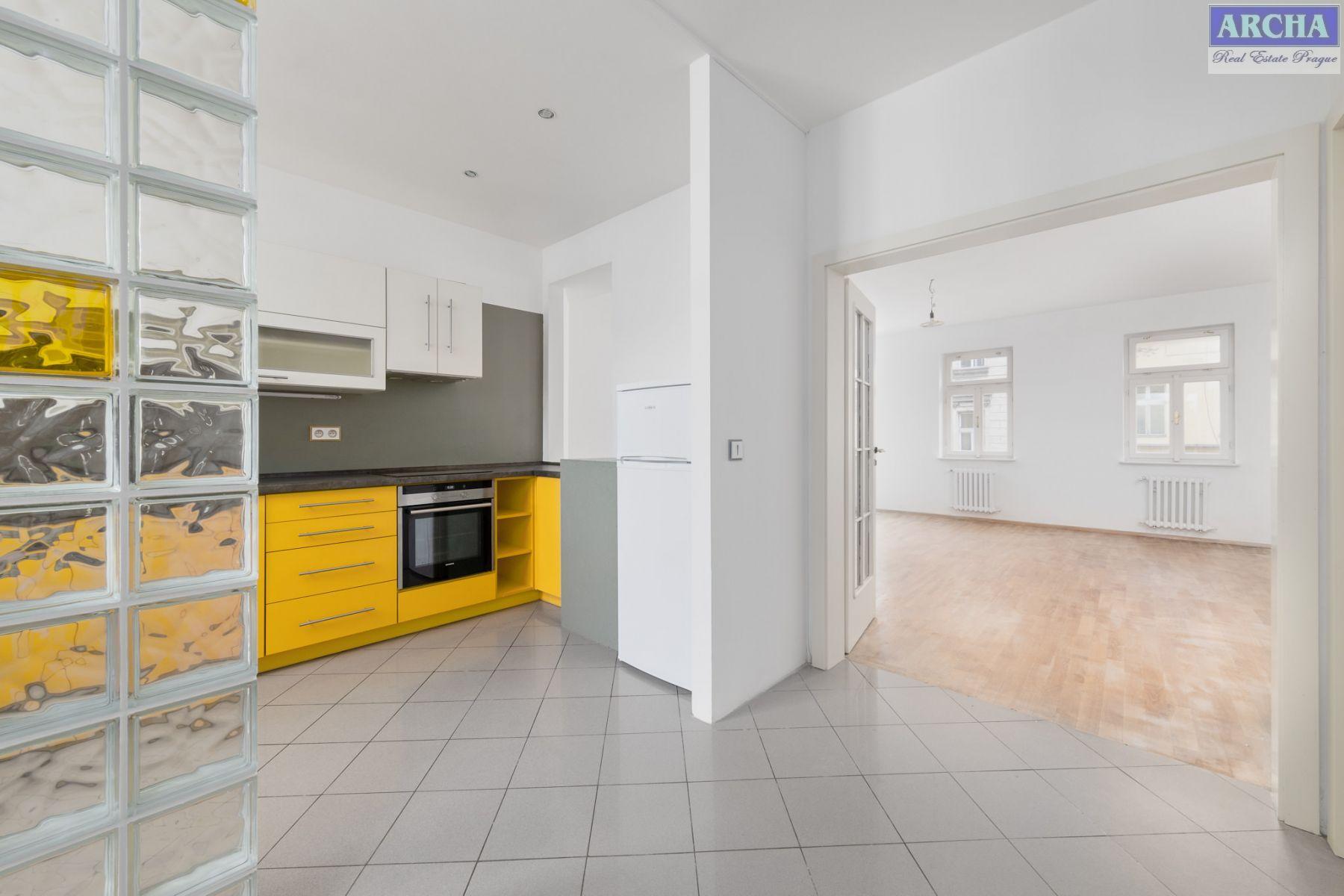 Nájem bytu 3+1, 110 m2,  teresa,  4. NP,  Letohradská,  Praha 7