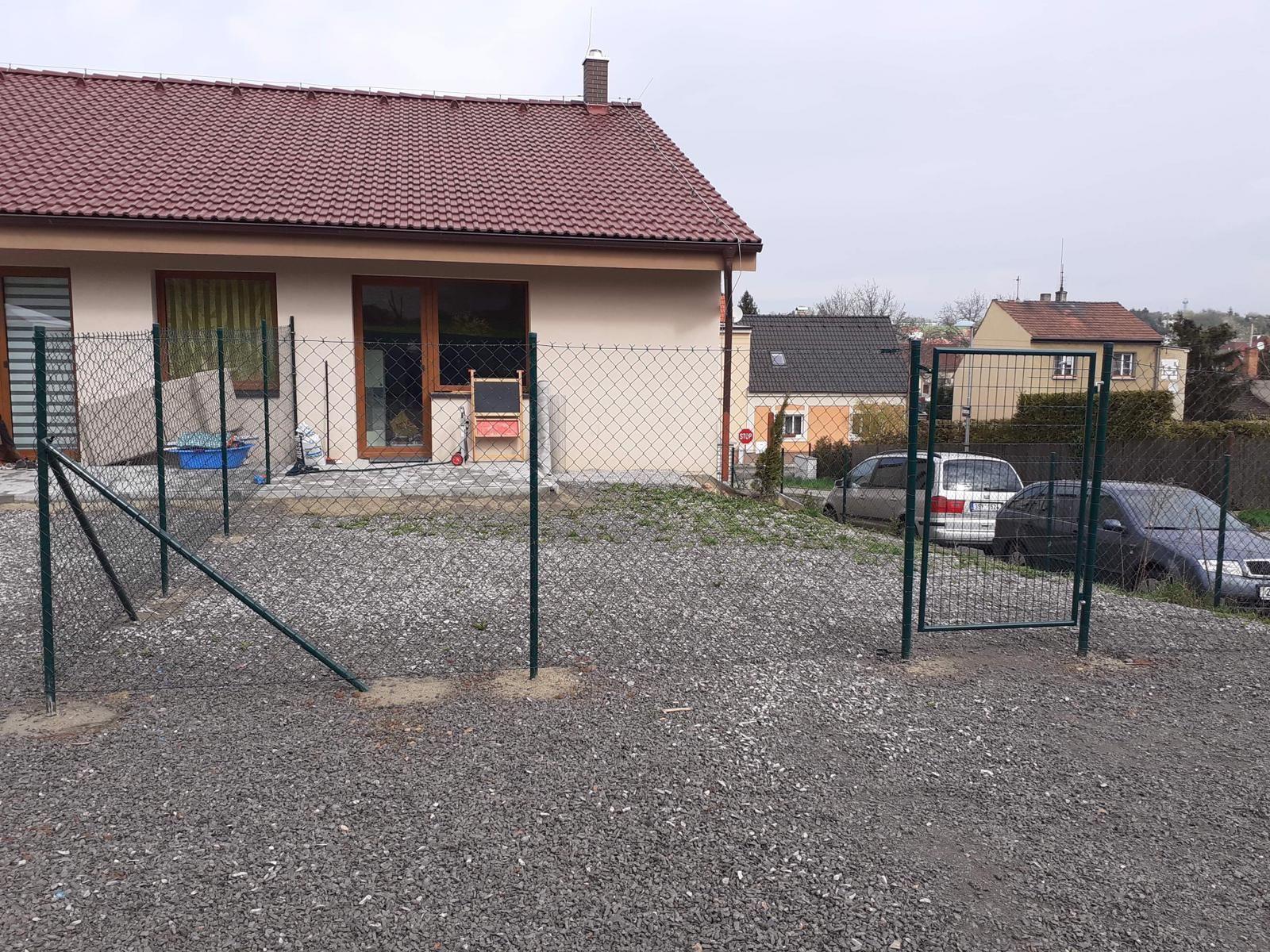 Byt 2+kk/50 m2 + terasa + zahrada 50 m2,  Novostavba, Kladno - Švermov