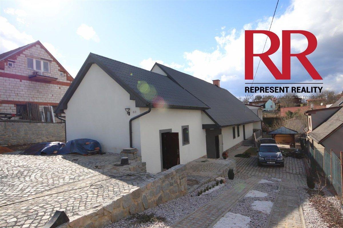 Prodej rekonstruovaného domu v Plasích