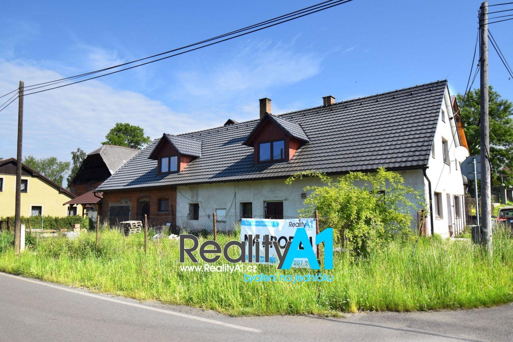 Prodej rodinného domu 270 m2 s velkou dílnou-garáží 66 m2 - Jablonné v Podještědí - Postřelná
