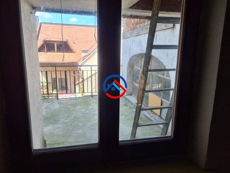 Prodej bytu  3+1 s půdním prostorem v Šumperku