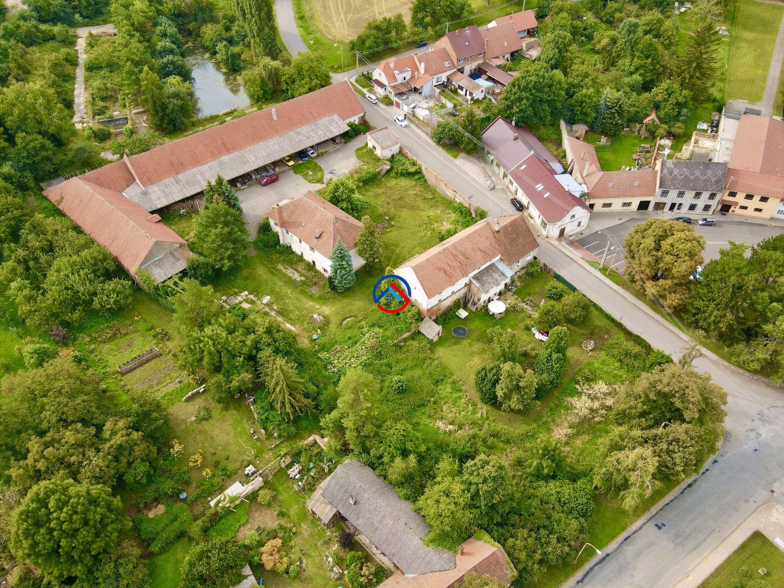 Prodej souboru budov včetně pozemků, 6.014 m2, Želeč na Hané