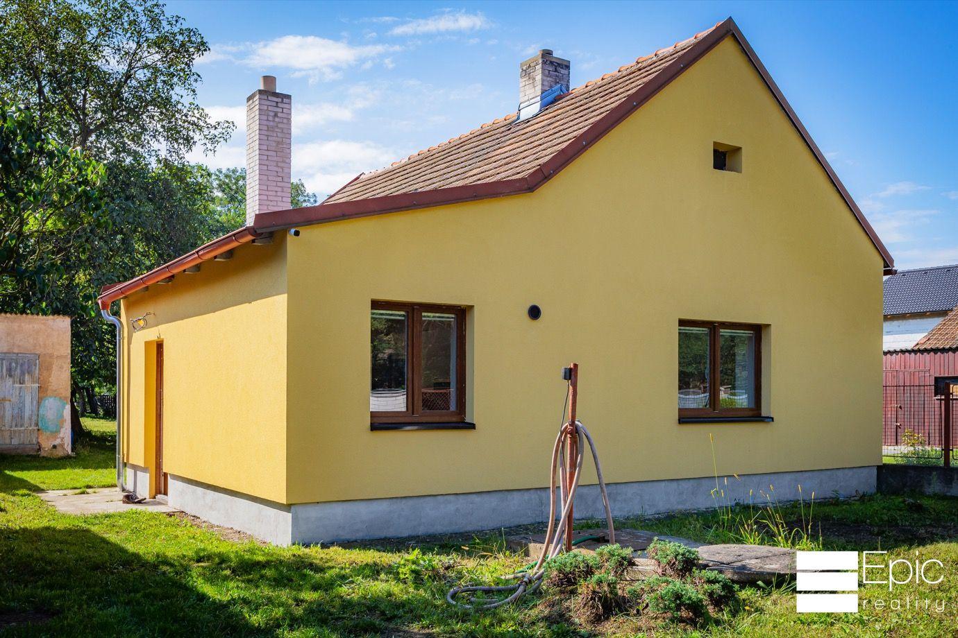 Nabízíme k prodeji dům 2+1, 66m2, pozemek 850m2, hypotéka možná