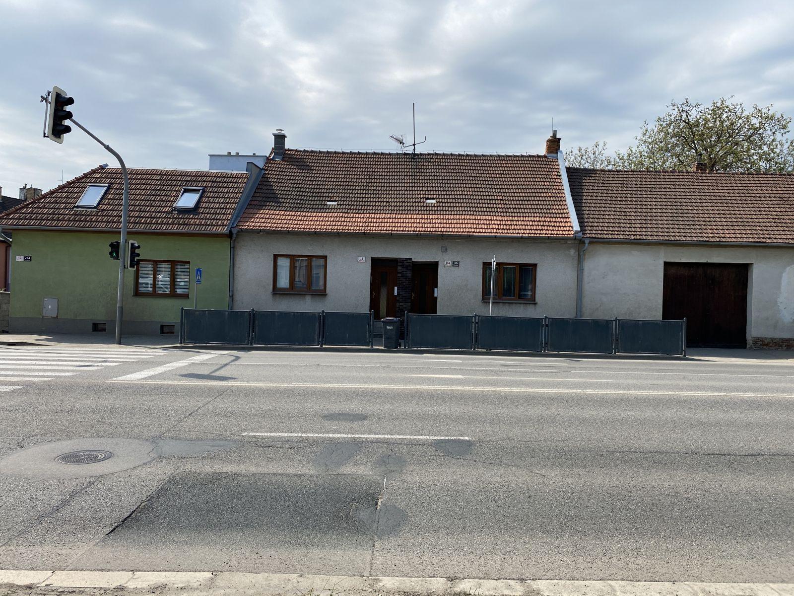 Nabízíme k prodeji dvojdům na ulici Jihlavská, Brno  Bohunice