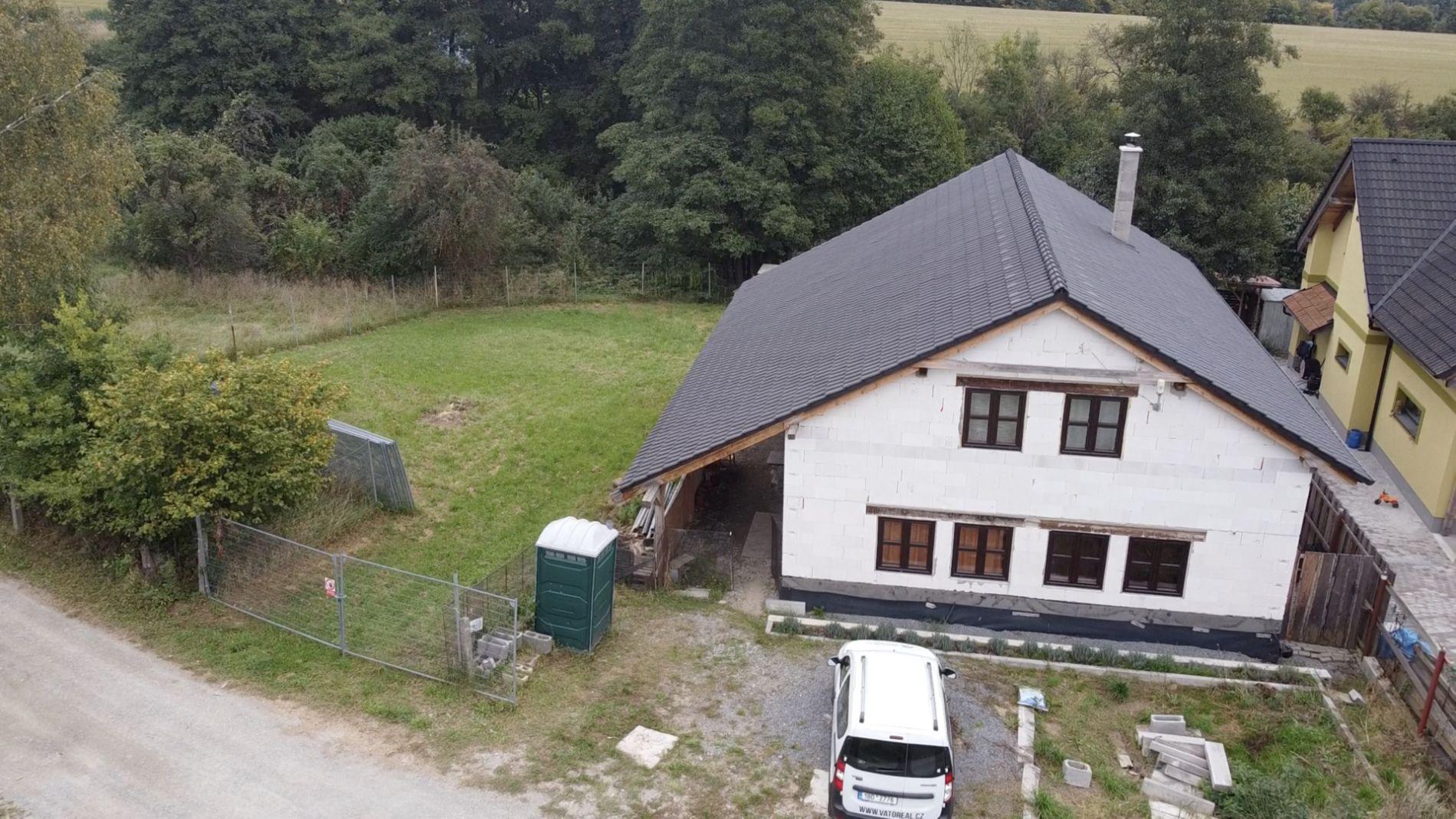 Nabízíme k prodeji samostatně stojící rodinný dům v obci Meziříčko u Letovic