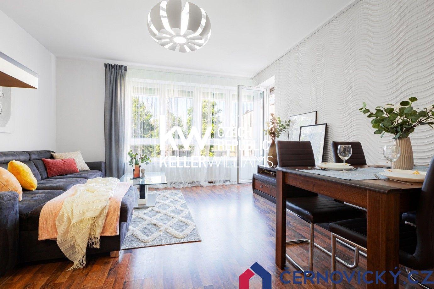 Prodej bytu 3+kk s dvojicí stání v domě z roku 2013