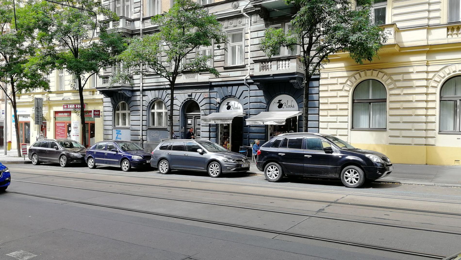 Pronájem obchodního prostoru 107 m2 , Praha 2