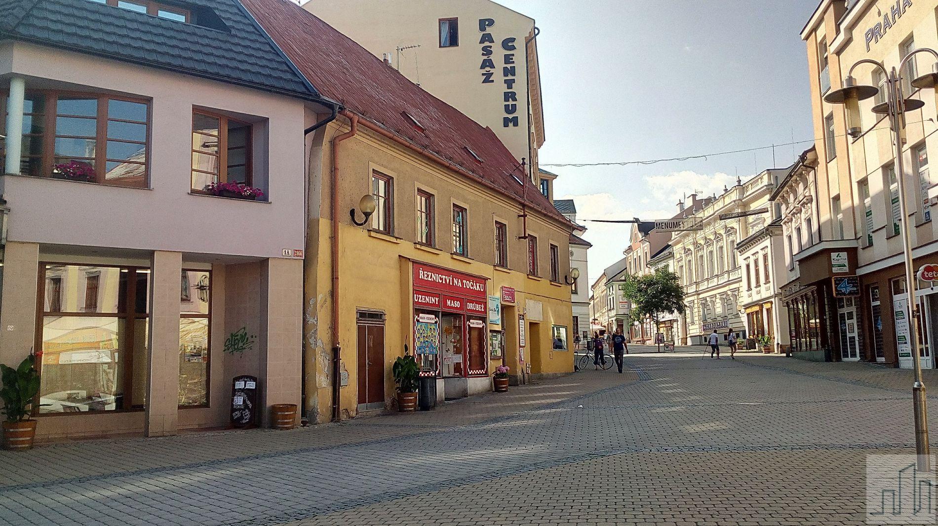Prodej dvoupodlažní komerční budovy v centru Šumperka, okr. Šumperk