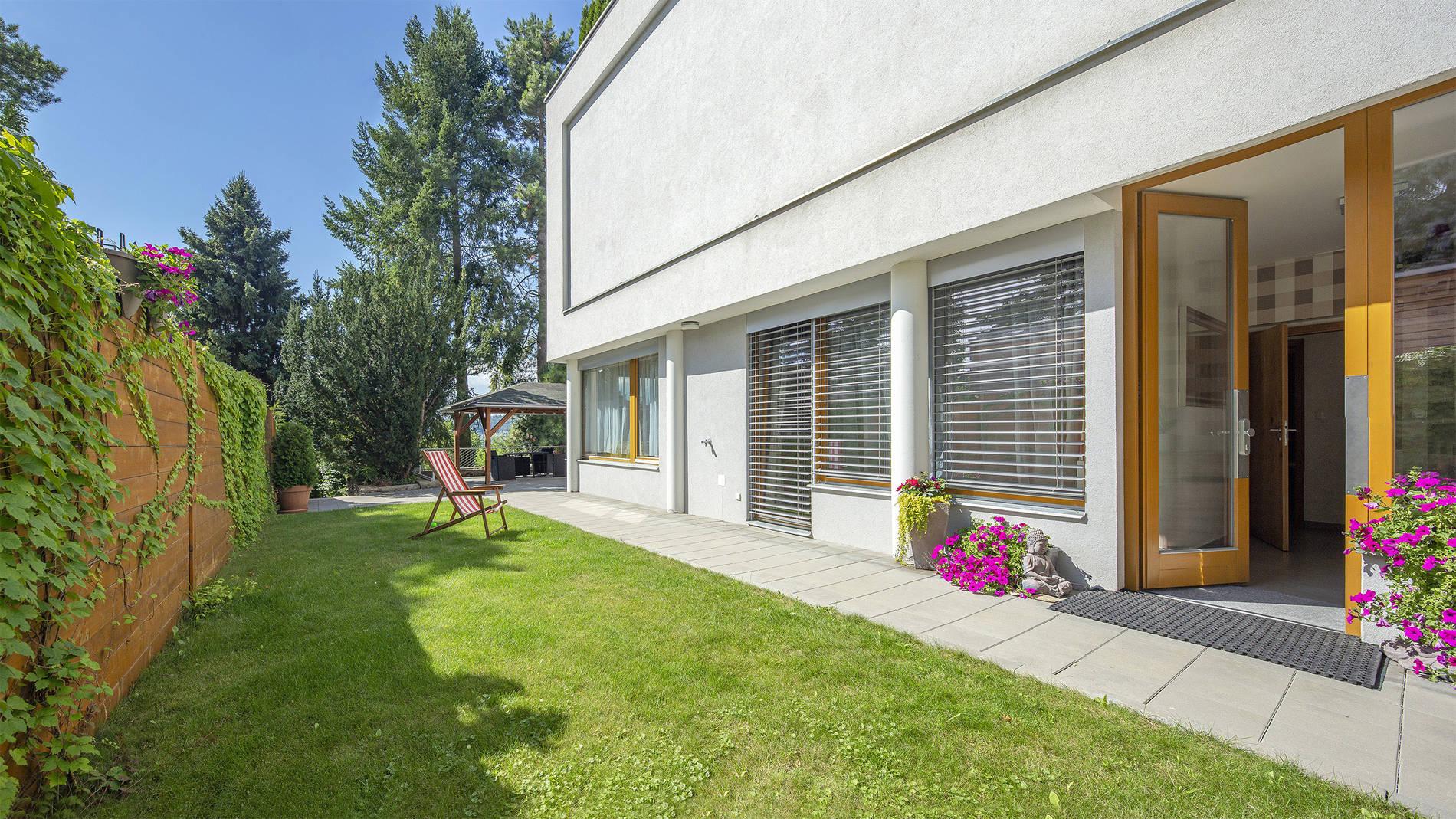 Unikátní apartmán 2+kk v rezidenci Neptun, zahrada, terasa, parkování