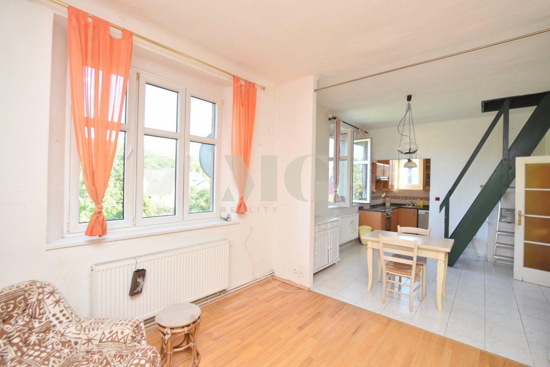 Prodej mezonetového bytu 3+kk cca 110 m2 + zahrada cca 375 m2, Praha 6 - Ruzyně, ul. Rakovnická