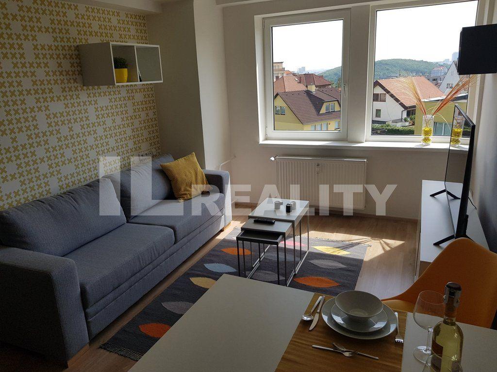 Prodej, Byty 2+kk, 30,7 m2 - Praha - Jinonice, ubytovací jednotka, k dispozici 2022