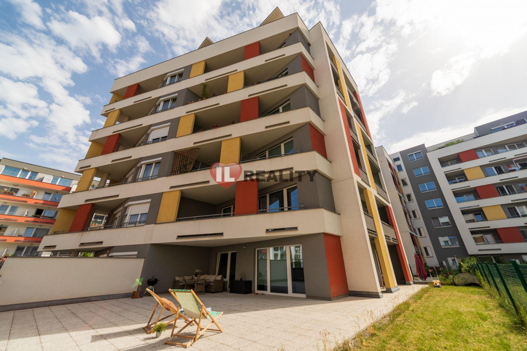 Prodej bytu 3+kk, 240m2, terasa+předzahrádka, Prušanecká, Praha - Zličín, parkování, sklep
