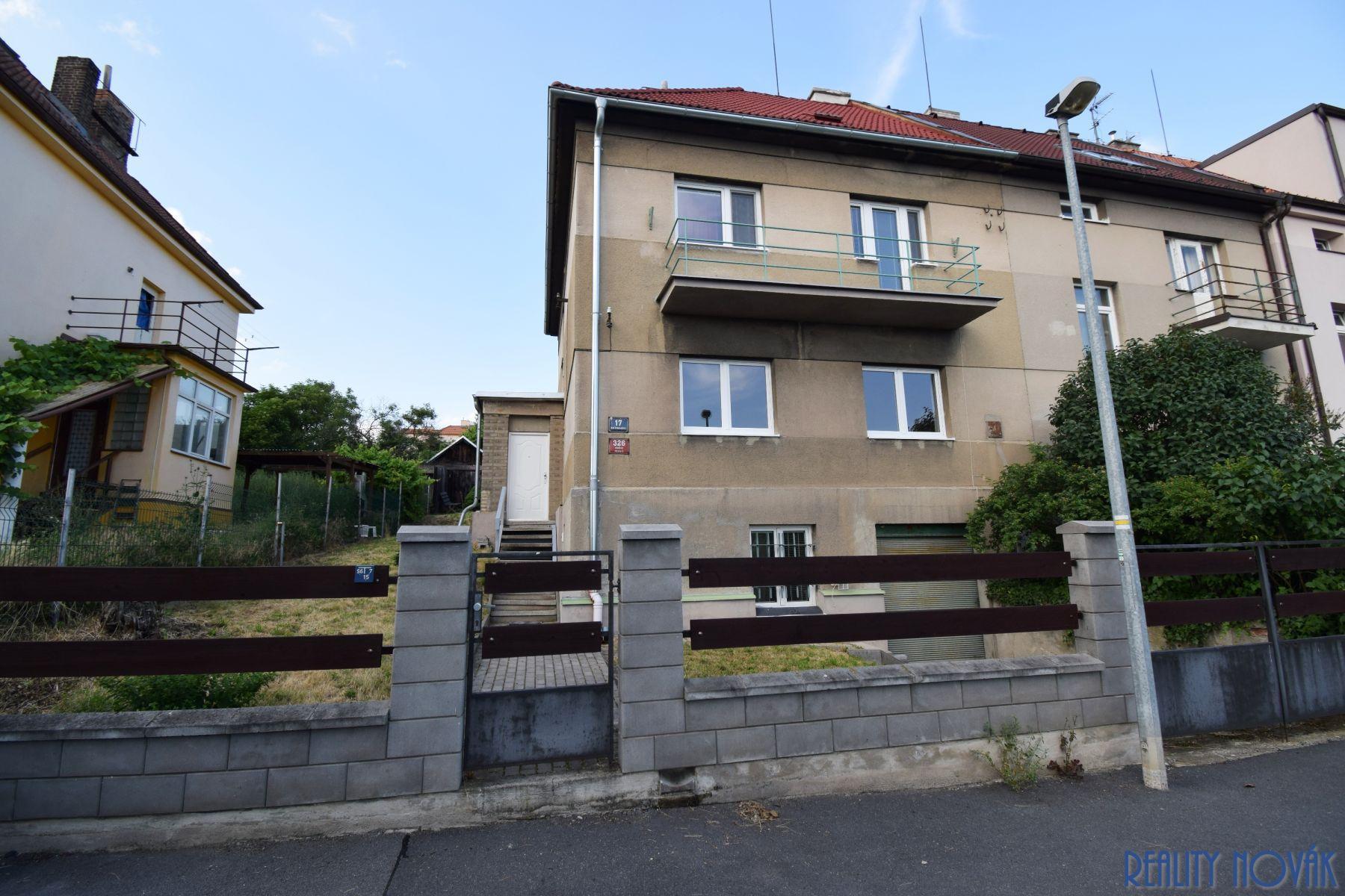 prodej poloviny rodinného domu, Praha 9 - Prosek