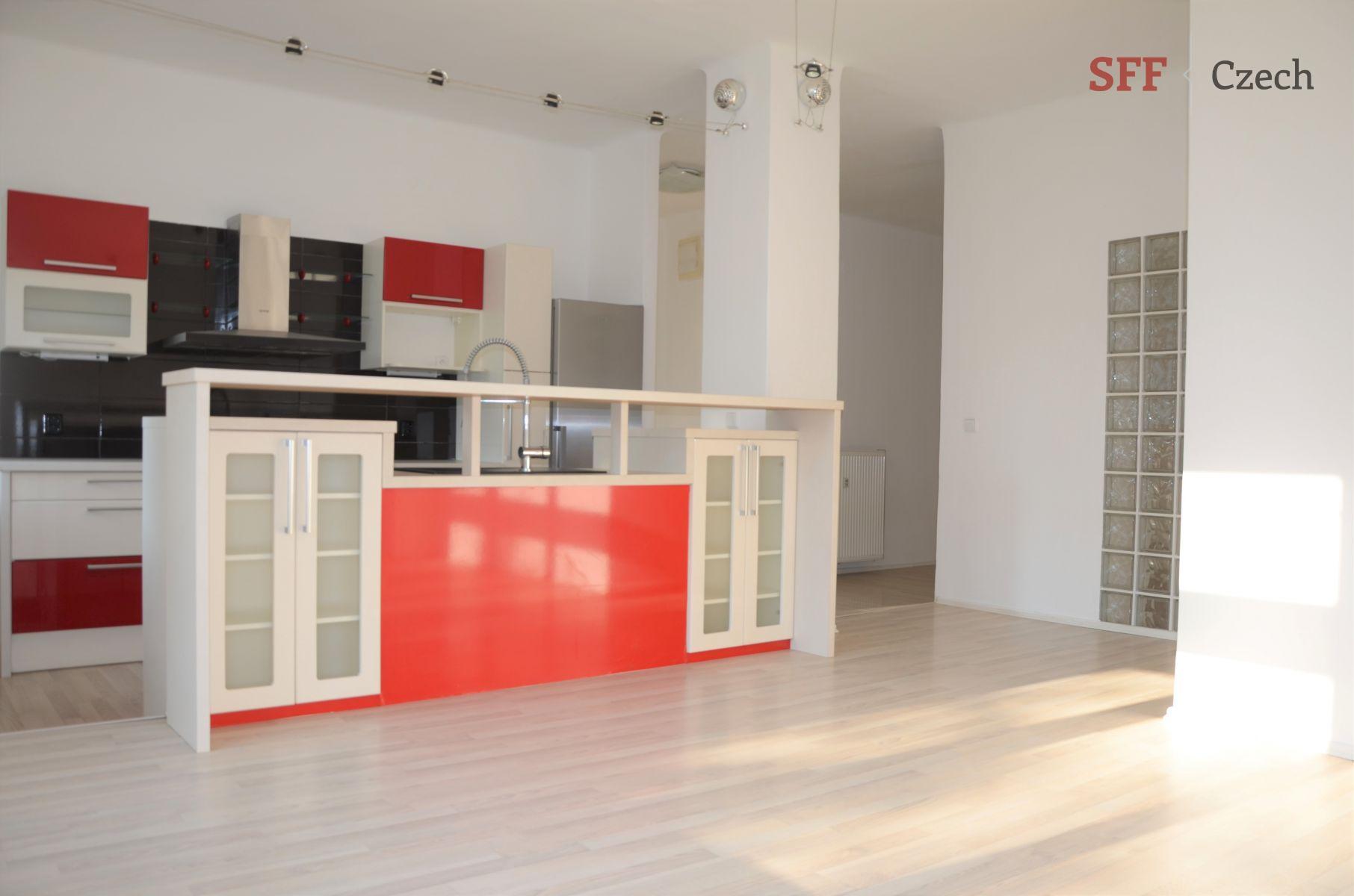 K pronájmu nezařízeny velmi pěkný byt 3+kk s balkónkem na Praze 5 Anděl Štěfánikova