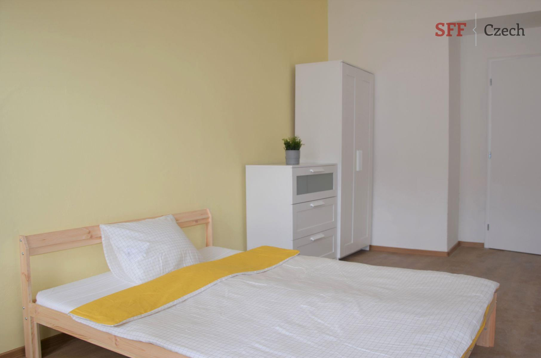 New large private room to rent Prague 2 - Nové město in vicinity of center