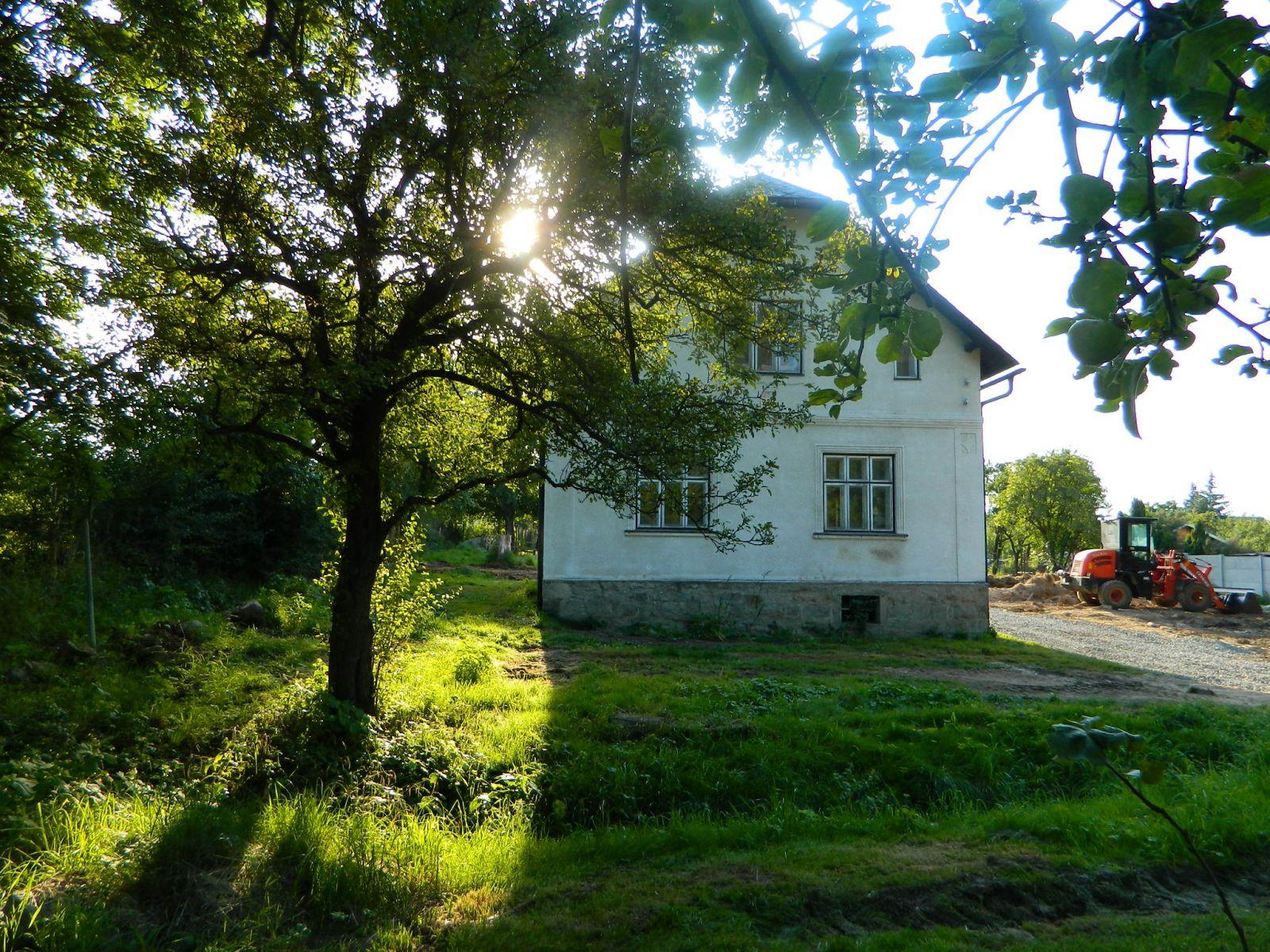 Prodej rodinného domu ( chalupy) s pozemkem 1507 m2 v obci Strachovičky, k.ú. Velké Kunětice