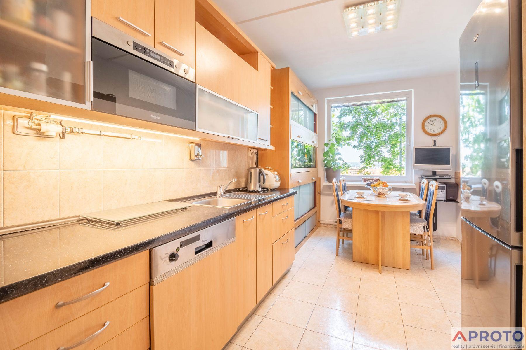 Prodej bytu 3+1/L, 78 m2, Praha 4 - Modřany, ul. Platónova