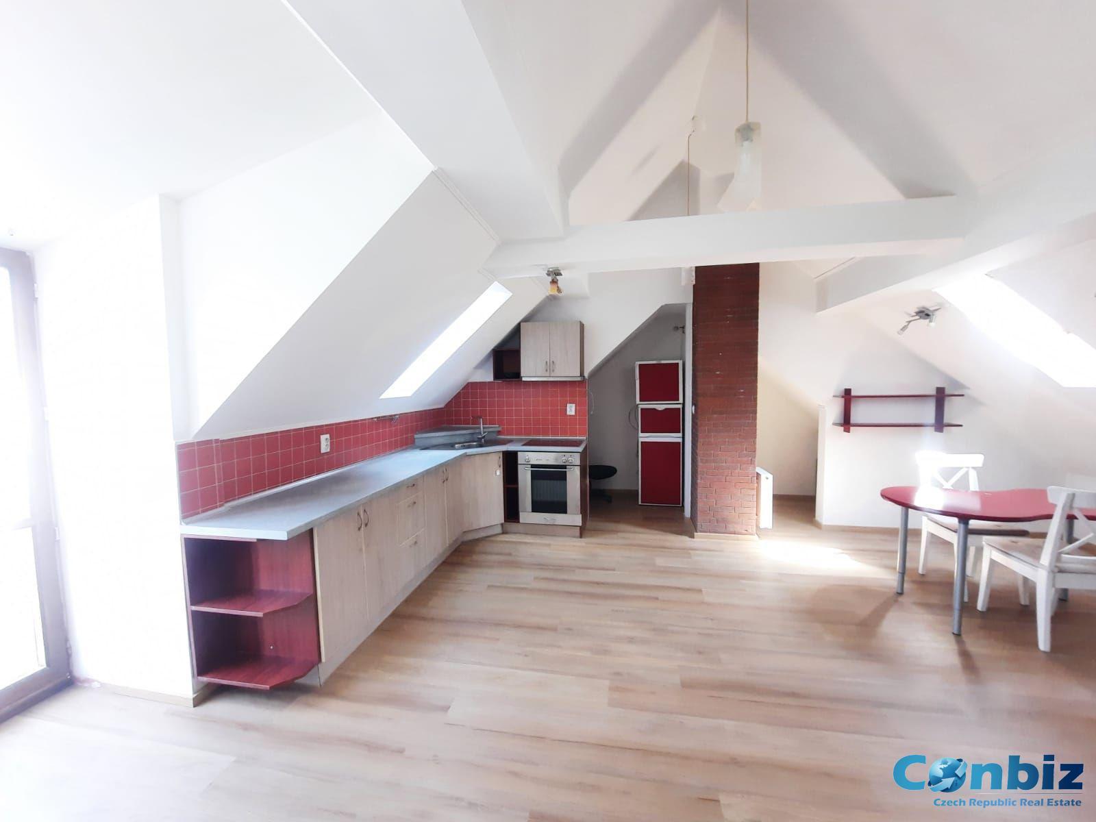 Pronájem krásného bytu 3kk, Podolská 242/25, Praha-Podolí