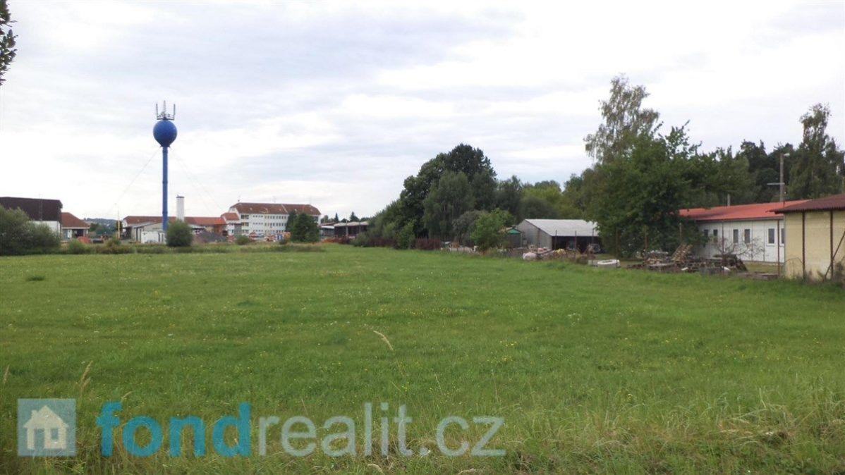 Prodej pozemků Bernartice