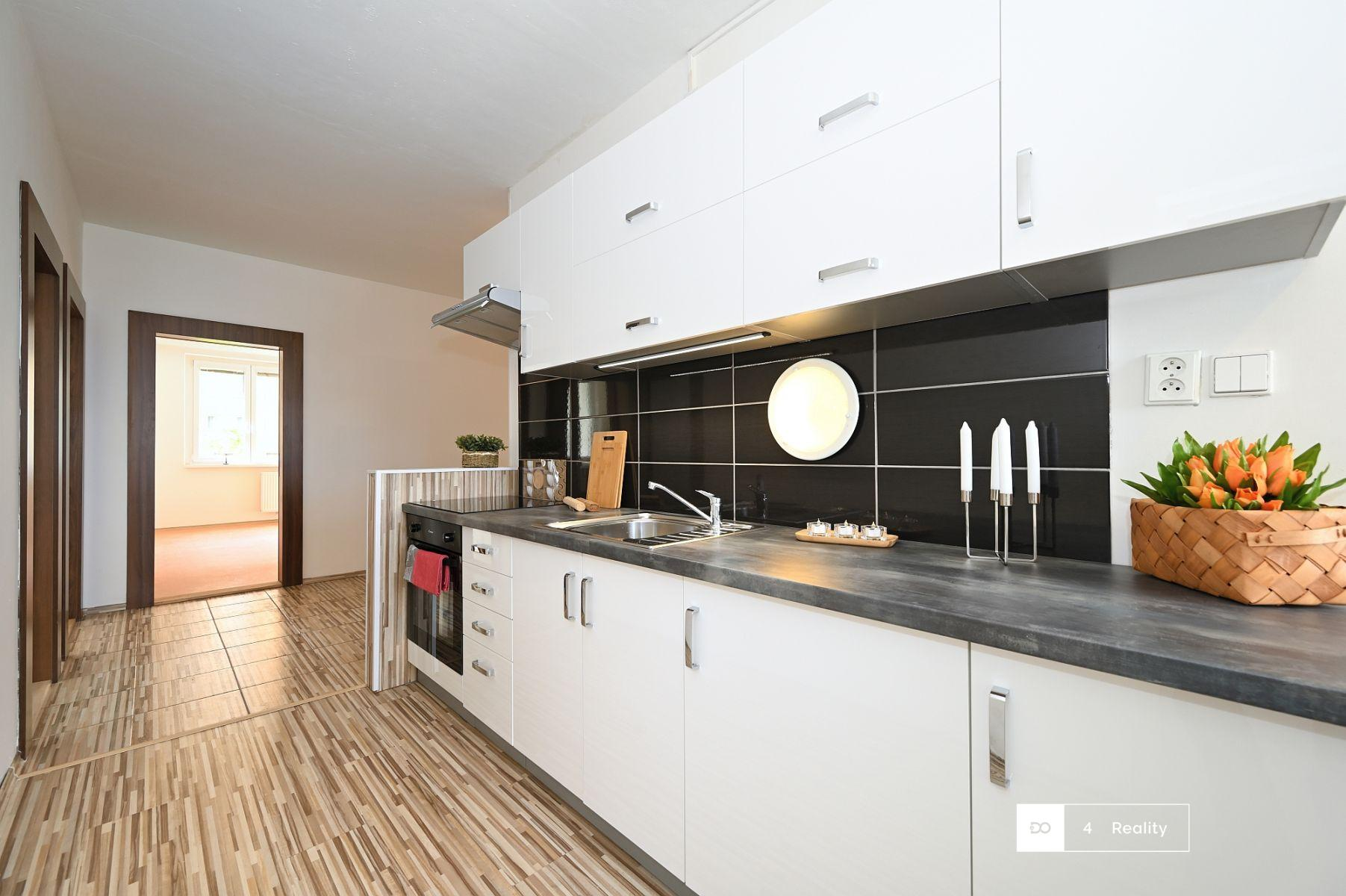 Pronájem prostorného bytu 4+1/L, 77 m2, Jirkov, Studentská