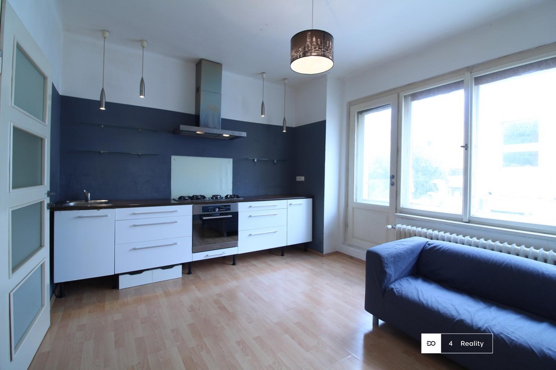 K pronájmu byt 2+kk 40 m2 - Křižíkova
