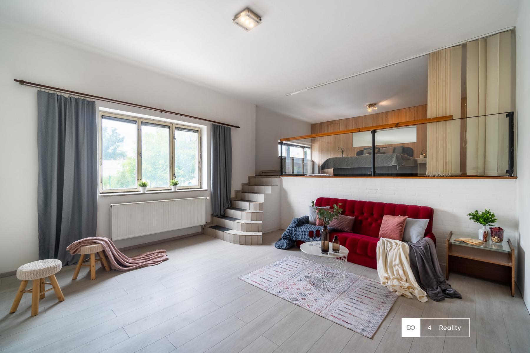 Na prodej dvougenerační dům s garáží a zahradou, Háninská, Kolín, pro bydlení i investici